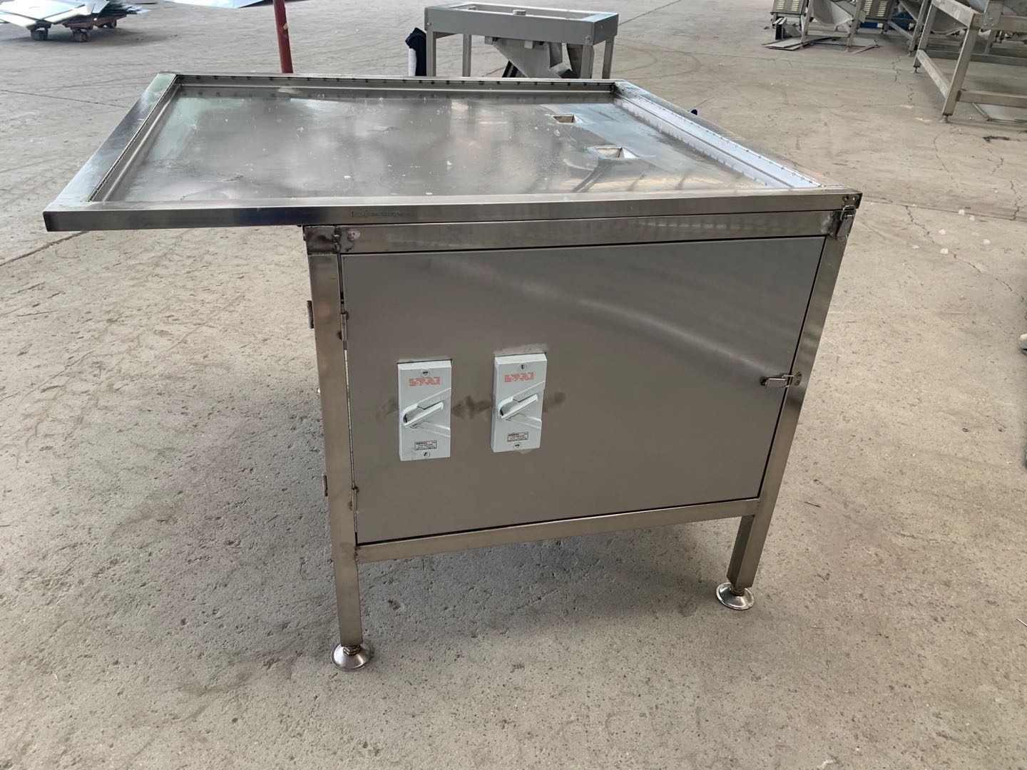 stainless steel poultry intestine opening machine