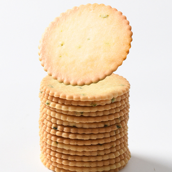 Professional Biscuit Factory Hot Sale Cheap 380g Beef Flavor Thin Cracker Biscuits