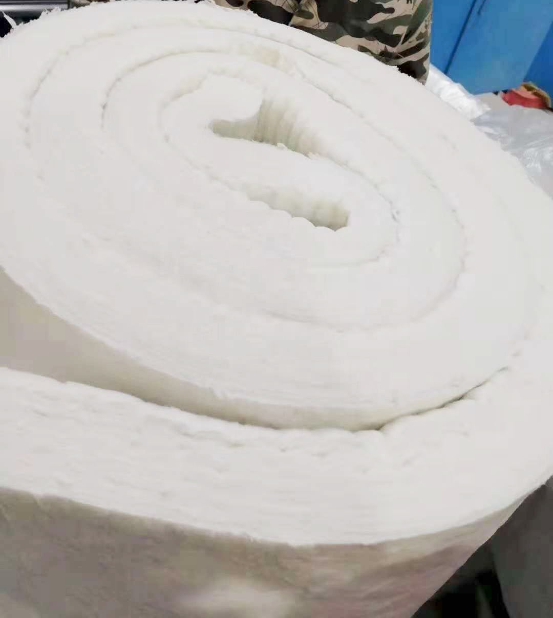 Factory price 1260C refractory ceramic fiber insulation blanket safety and environmental protection