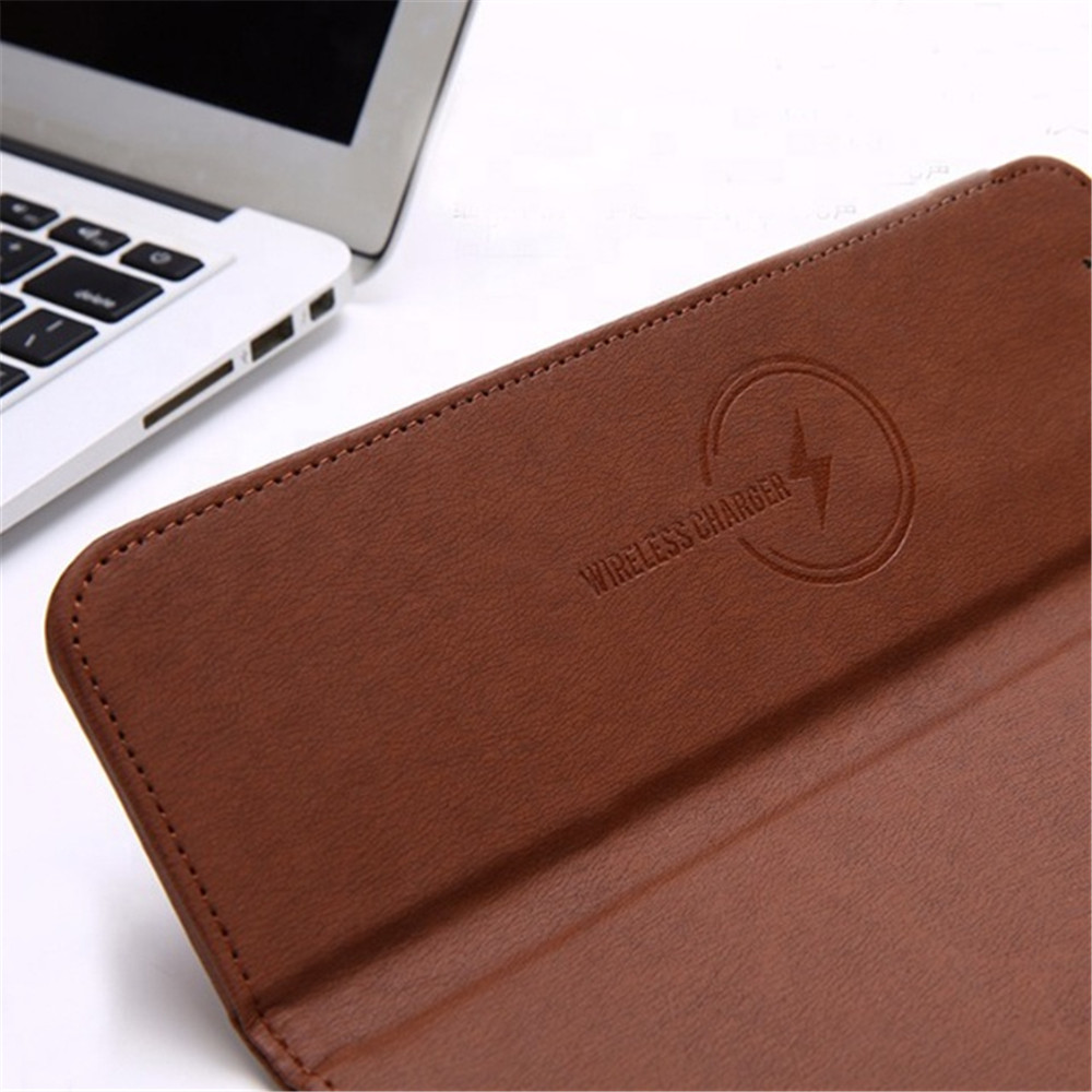 2020 Universal Leather 2 in 1 Mouse Pad Wireless Charger 10W Qi Wireless Fast Charging Mouse Pad