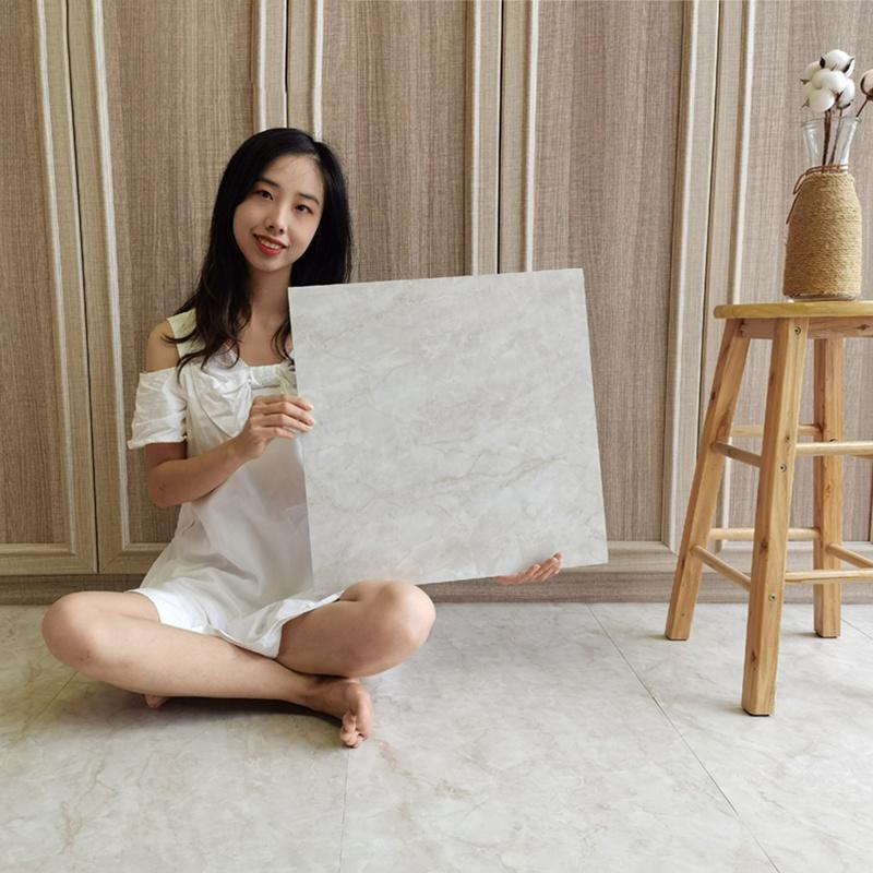 Самоклеящиеся плитки Yiwu, ламинат, напольное покрытие, водонепроницаемый ламинат из инженерного дерева и ПВХ