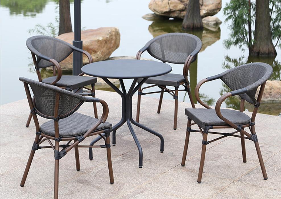 Wholesale Outdoor Furniture hotel restaurant cafe resorts Rattan Wicker Table  stackable Chair with Umbrella garden set