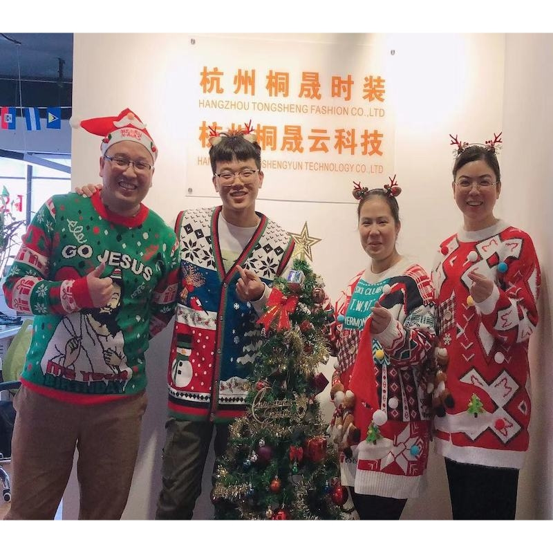 2020 Wholesale unisex knitted ugly christmas sweater jumpers custom acrylic couple family merry christmas sweater ugly