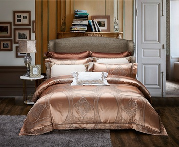 Home textile luxury dubai bed cover set silk gold bedding set 6pcs queen size duvet cover sets