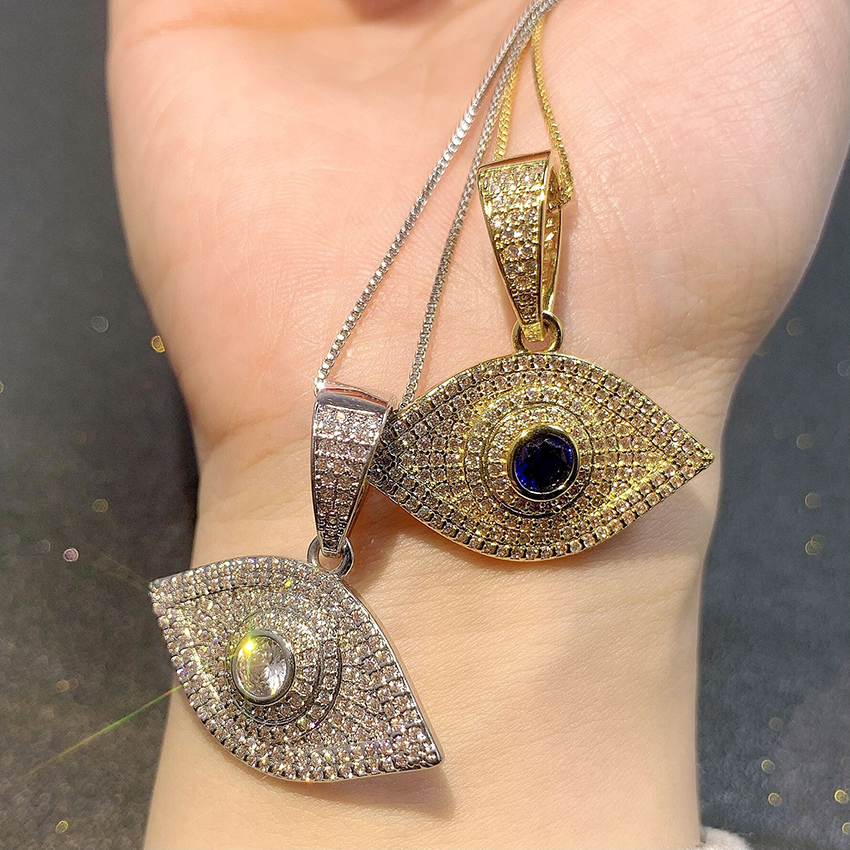 18K Gold Plated Jewelry Necklace Diamond Inlaid Exquisite Pendant Necklace Eye Charm Necklace