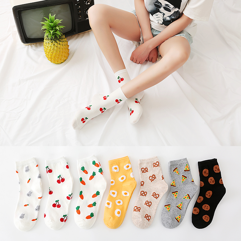 Fashion womans smile cotton socks custom design knitted women socks ladies crew tube designer sock factory