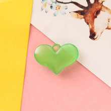 20 шт 28*20 мм акриловые сердца любовные амулеты для изготовления ювелирных изделий яркие цвета прозрачный DIY брелок Аксессуары Шарм оптовая п...(Китай)