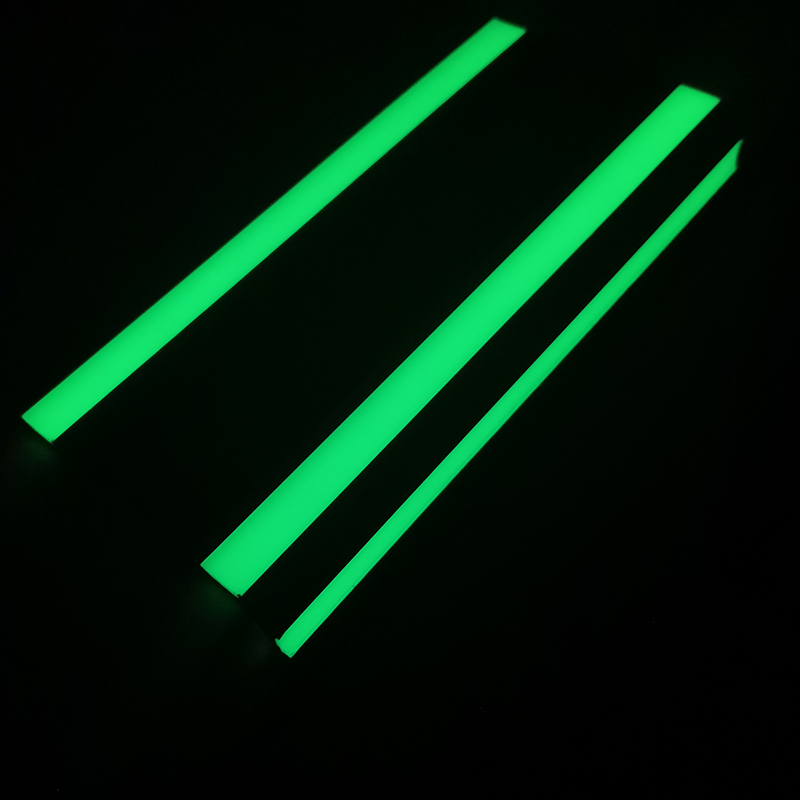 Фотолюминесцентное шаговое оповещение/светящееся в темноте шаговое оповещение