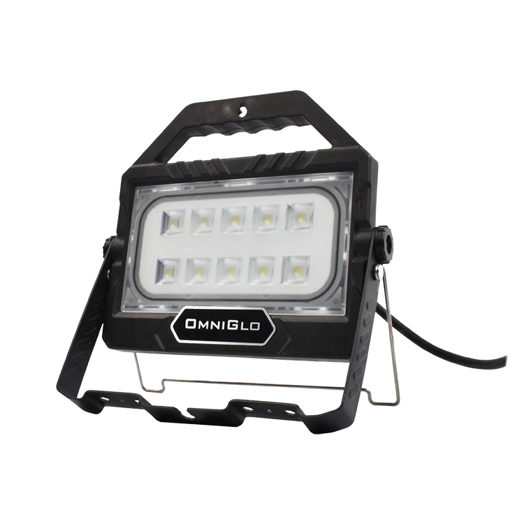 Factory Wholesale Hi-efficiency Optic Lens Best Led Flood Light Task Work Light Rechargeable For Garden With Good Quality