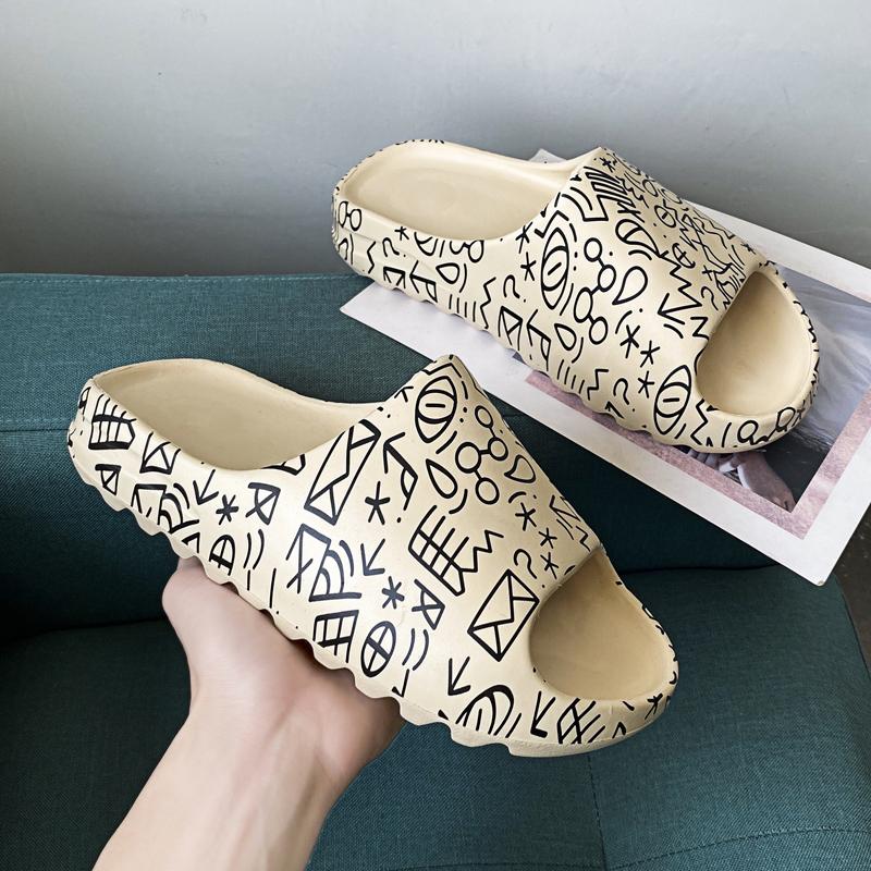 New Trendy Toddler Yeezy Slippers Custom Black Yeezy Slides For Kids Yeezy Sandals