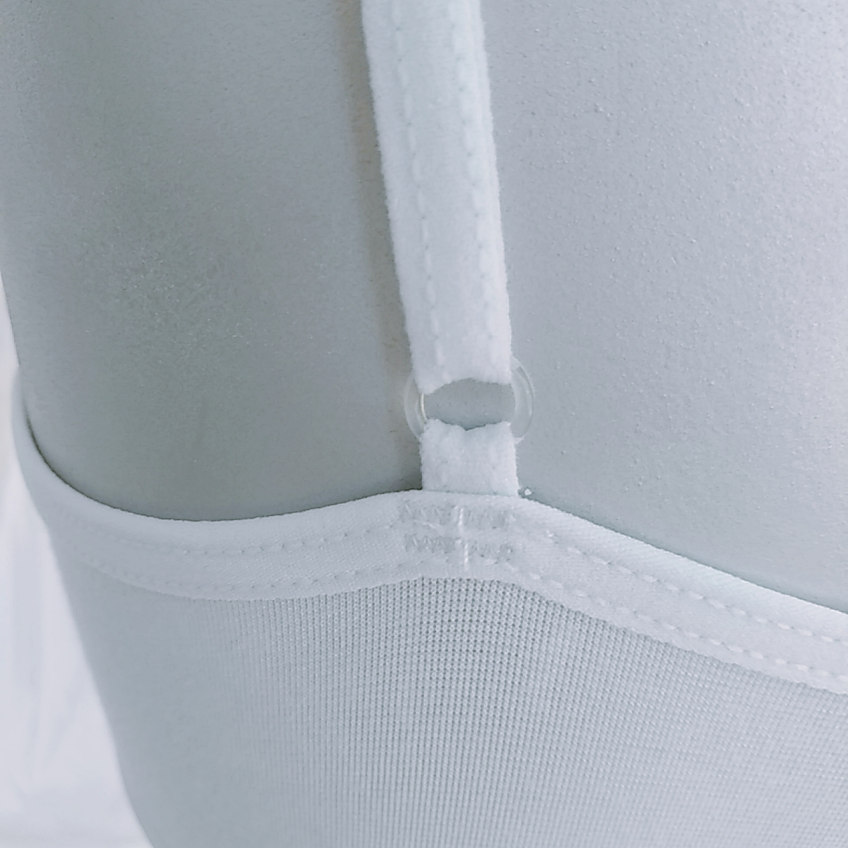 Economical Temperament Wholesale Made In China Women White Short Vest
