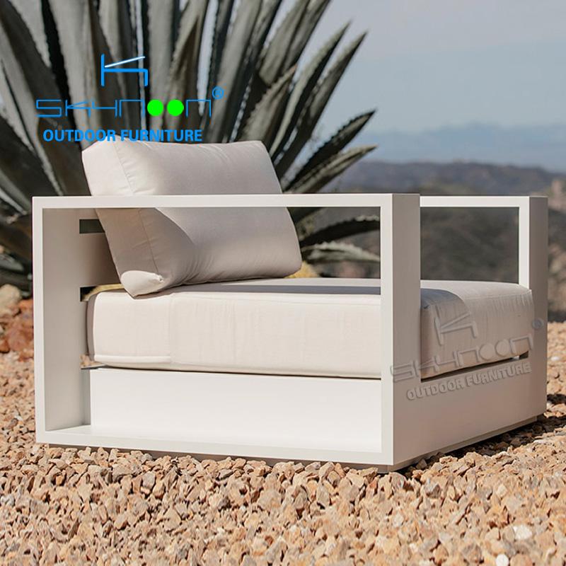 modern white single aluminum sofa lounge wholesale latest design patio metal sofa outdoor furniture luxury garden sofa(32017-1)