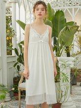 Женская летняя хлопковая Ночная рубашка без рукавов, элегантная белая кружевная длинная свободная ночная рубашка принцессы(Китай)