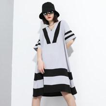 Женское платье в полоску EAM, черное платье большого размера с треугольным вырезом и коротким рукавом, модель 1T882 на весну-лето 2020(Китай)