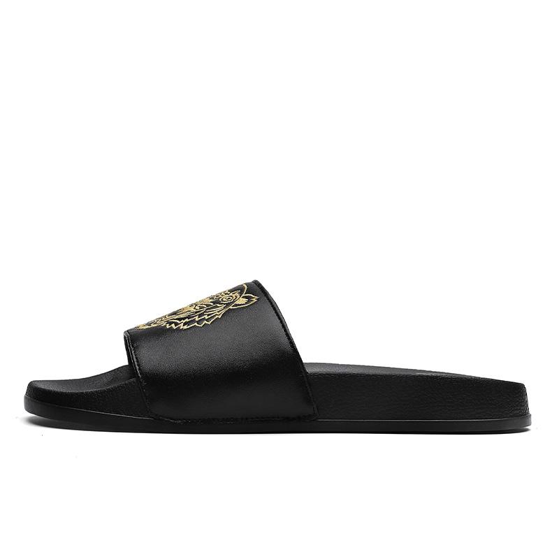 Hot selling Unisex Slides Shoes Custom Logo Men Footwear Designs Slippers Custom Pvc Slides For Indoor Outdoor Activity