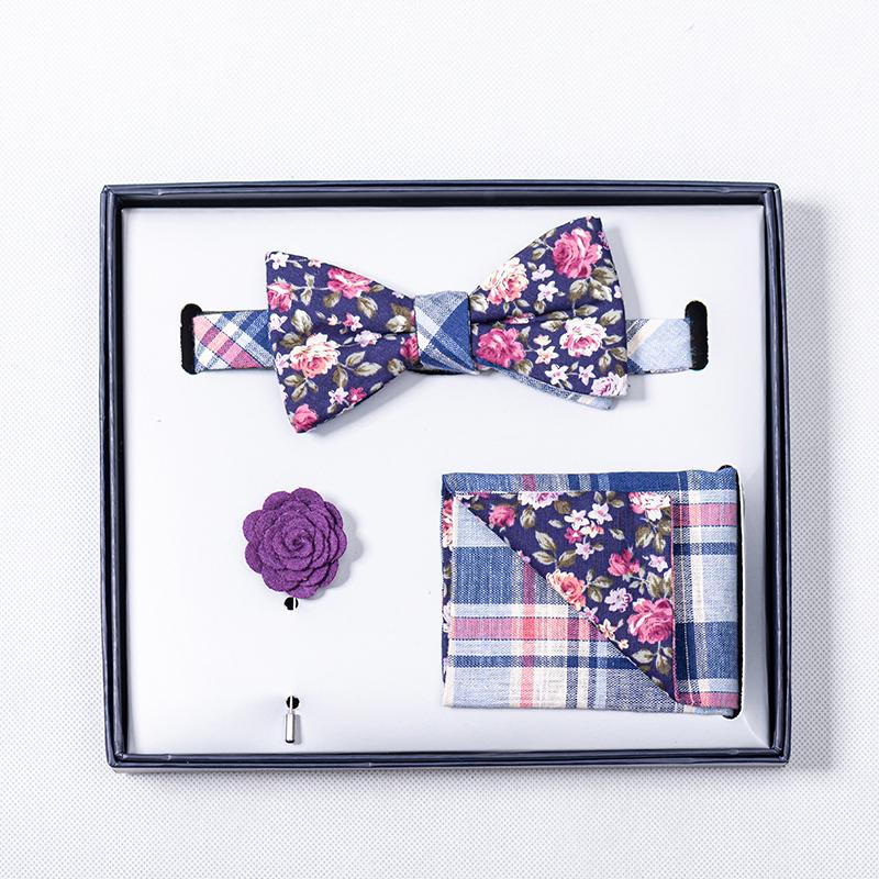 Set of two designer bows
