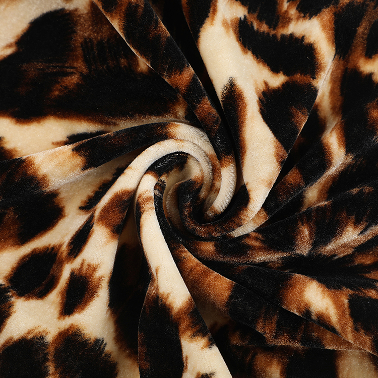 Quality assurance korean leopard print knitted poly velvet spandex fabric for clothes