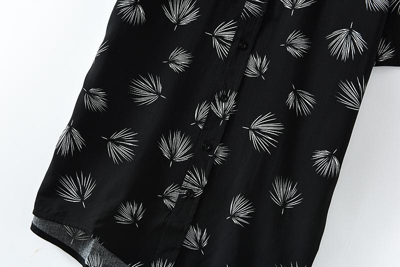 High quality Quick sample making custom Men's Hawaiian plus size shirts New Design Holiday Beach Wear Floral Printing Shirt Men