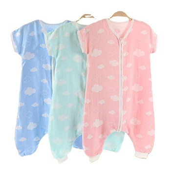 Chinese factory new born baby clothes romper Soft and breathable 100% cotton baby girls' and baby boys' rompers with zip