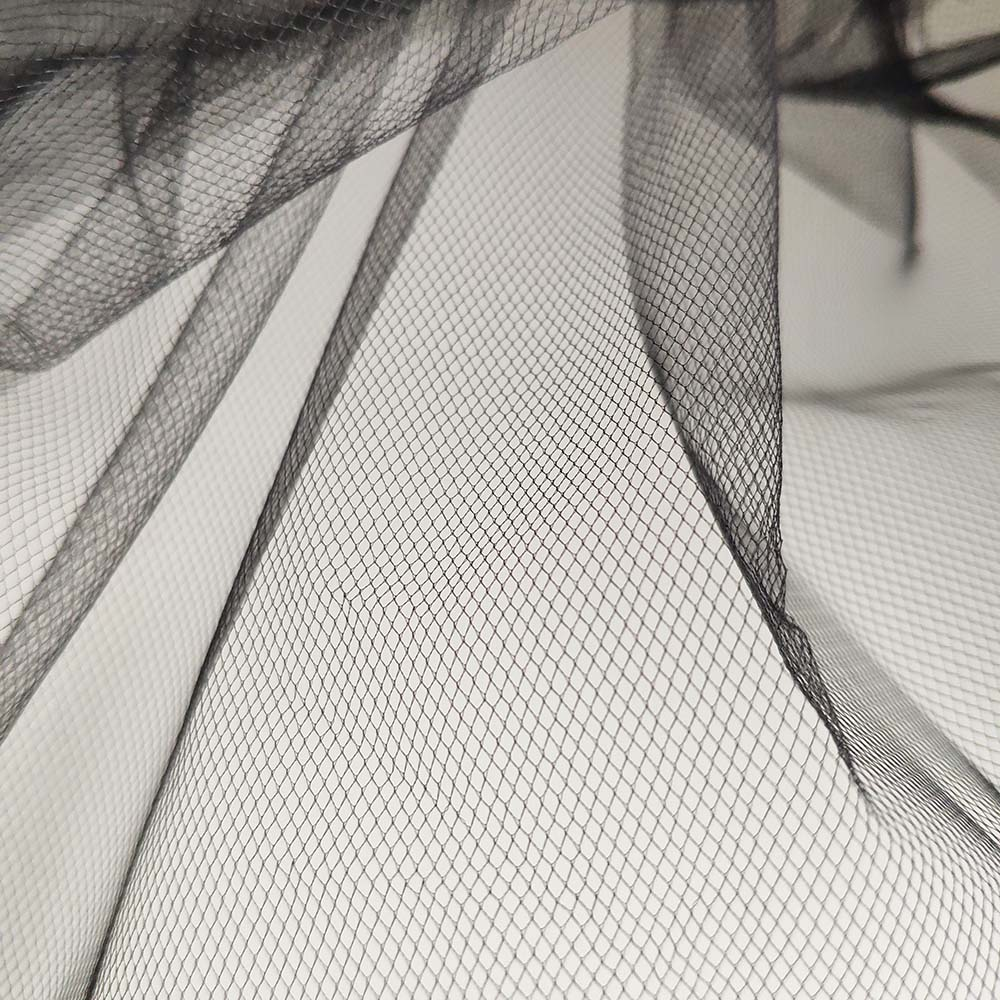 Bulk price polyester 100 yards mesh fabric tulle roll wholesale