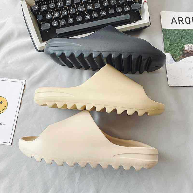2021 Brand Name Women Sandal Yeezy Slides Women Flat Platform Sandals Women Yeezy Slides