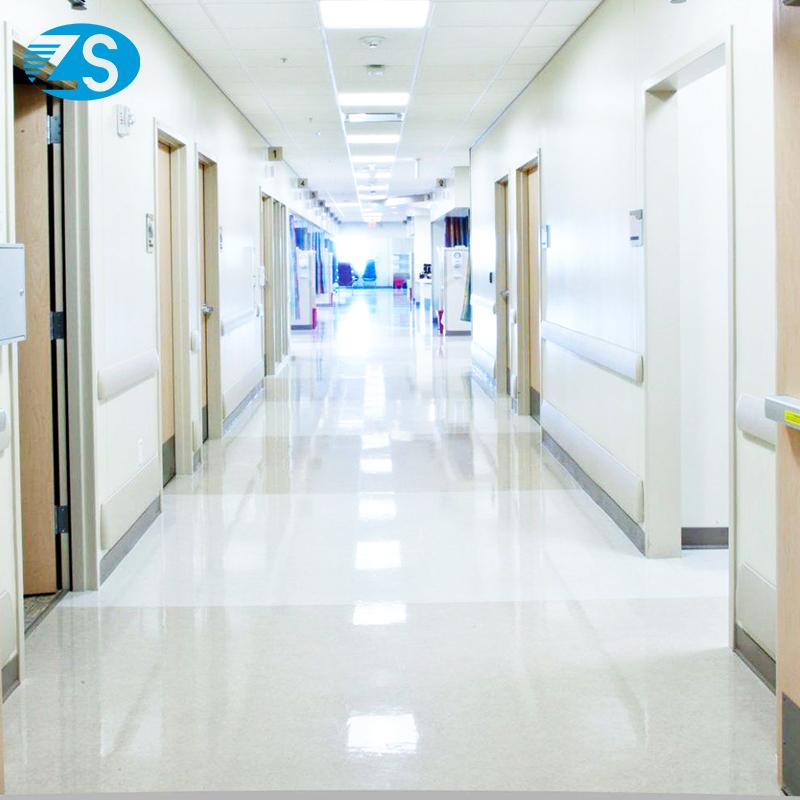 Настенная панель с защитой от столкновений в коридоре дома для ухода представляет собой ремень с защитой от столкновений из ПВХ
