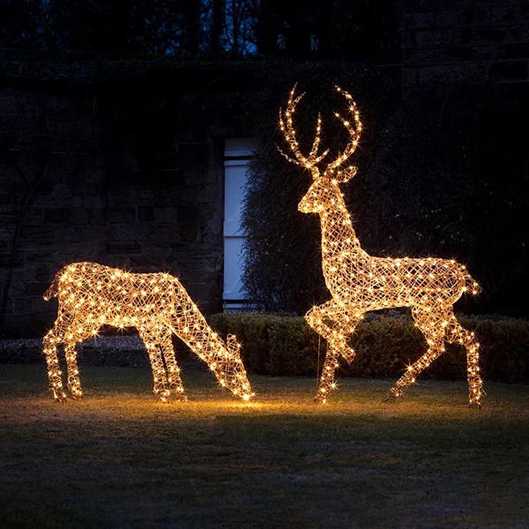 outdoor customized iron frame animal reindeer shape Christmas motif lights