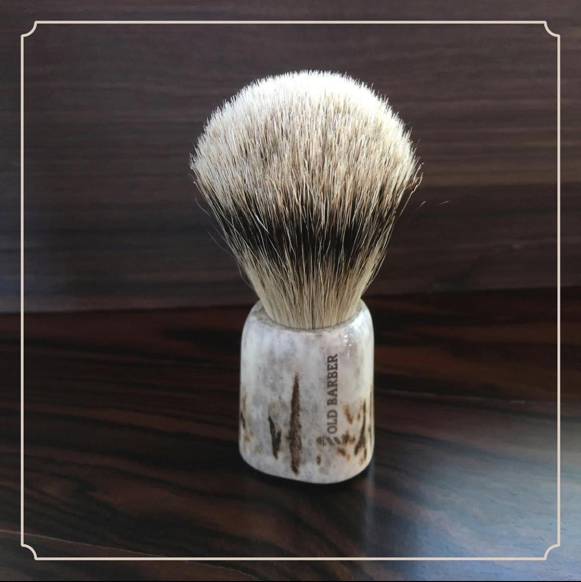 Высококачественная профессиональная кисть для бритья с ручкой оленя, Сделано в Италии для мужчин