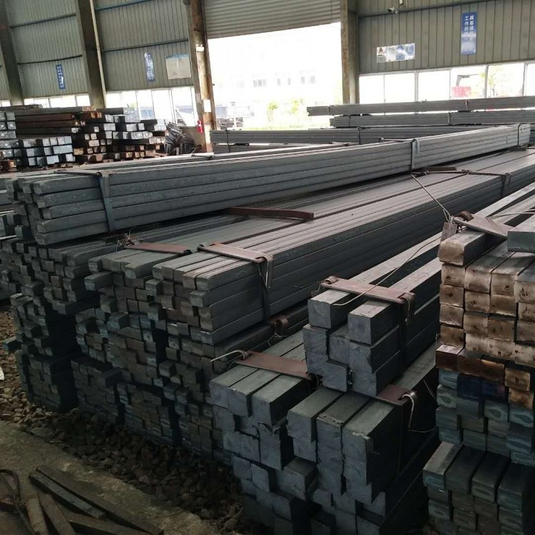 Стальная заготовка (квадратная сталь)