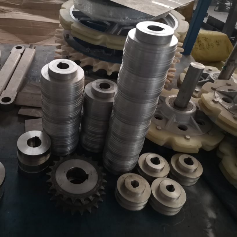 Poultry processing equipment manufacturers Automatic Evisceration machinery Vent Cutter
