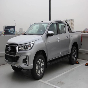 2017 2018 2019 2020 2021 Vehicles Used Cars Toyota Hilux diesel pickup 4x4 in Used Cars
