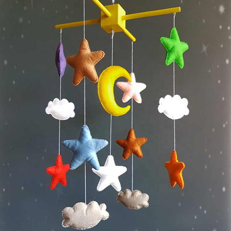 Factory price color felt hanging baby crib decoration with star and moon shape