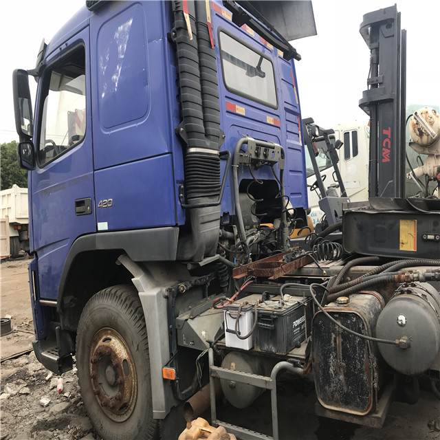 Original Korea Volvo Used Truck Head Red 6 4 8x2 With Cheap Price Original Condition Tractor Trailer Used Truck Buy Used Tractor Head For Sale Volvo Trailer Head Truck Volvo International Tractor Truck Head Product