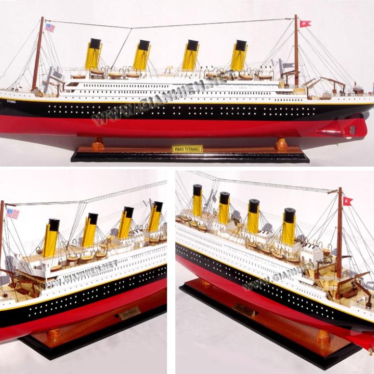 Schiffsmodell Titanic aus Holz