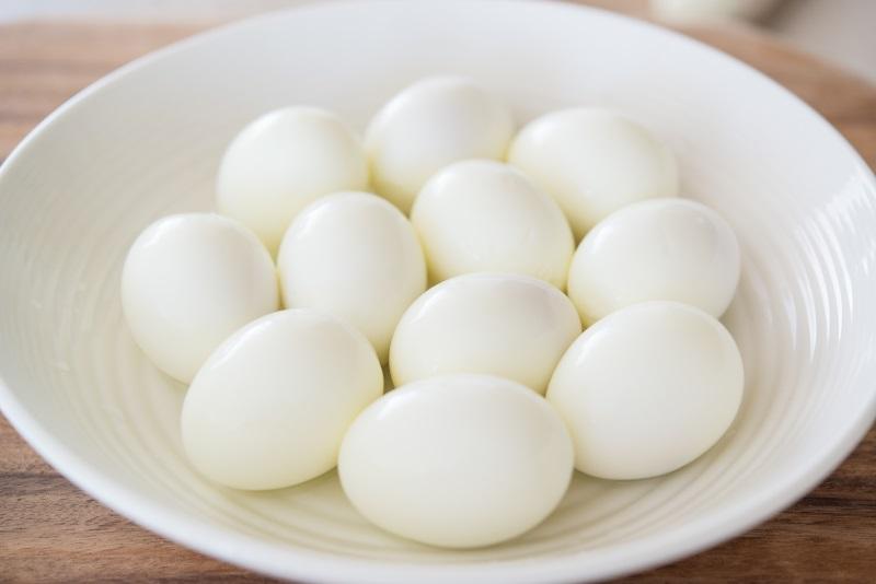 Консервированные перепелиные яйца в рассоле Whatsapp + 84-845-639-639