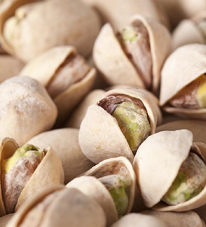 Необработанные фисташевые орехи