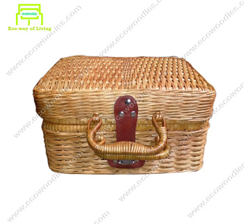 Wholesale Hand Woven Bamboo Storage Box With Lid Trunk Clothes Organizer traditional Design