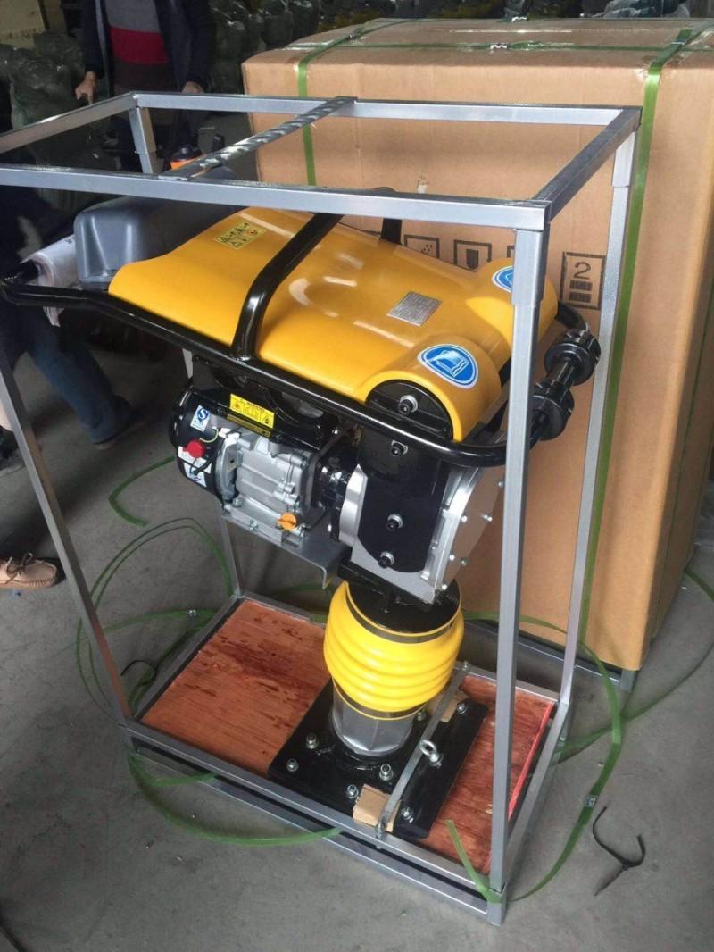 Дизельный двигатель, Вибрационный трамбовочный аппарат, прыгающий домкрат, трамбовочный уплотнитель