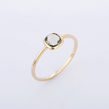 Fashionable Solitaire Natural Green Amethyst Solid gold 14K Yellow Ring