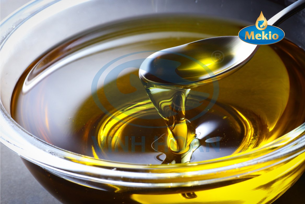 Low Price 100%  Fish Oil with High Quality, Ediable oil for human from Vinh Hoan Pangasius producer