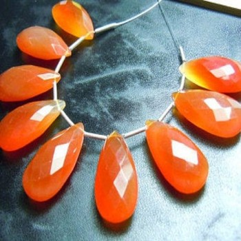 wholesale beads faceted Long Pear Shape Briolette beads natural Red beads Chalcedony