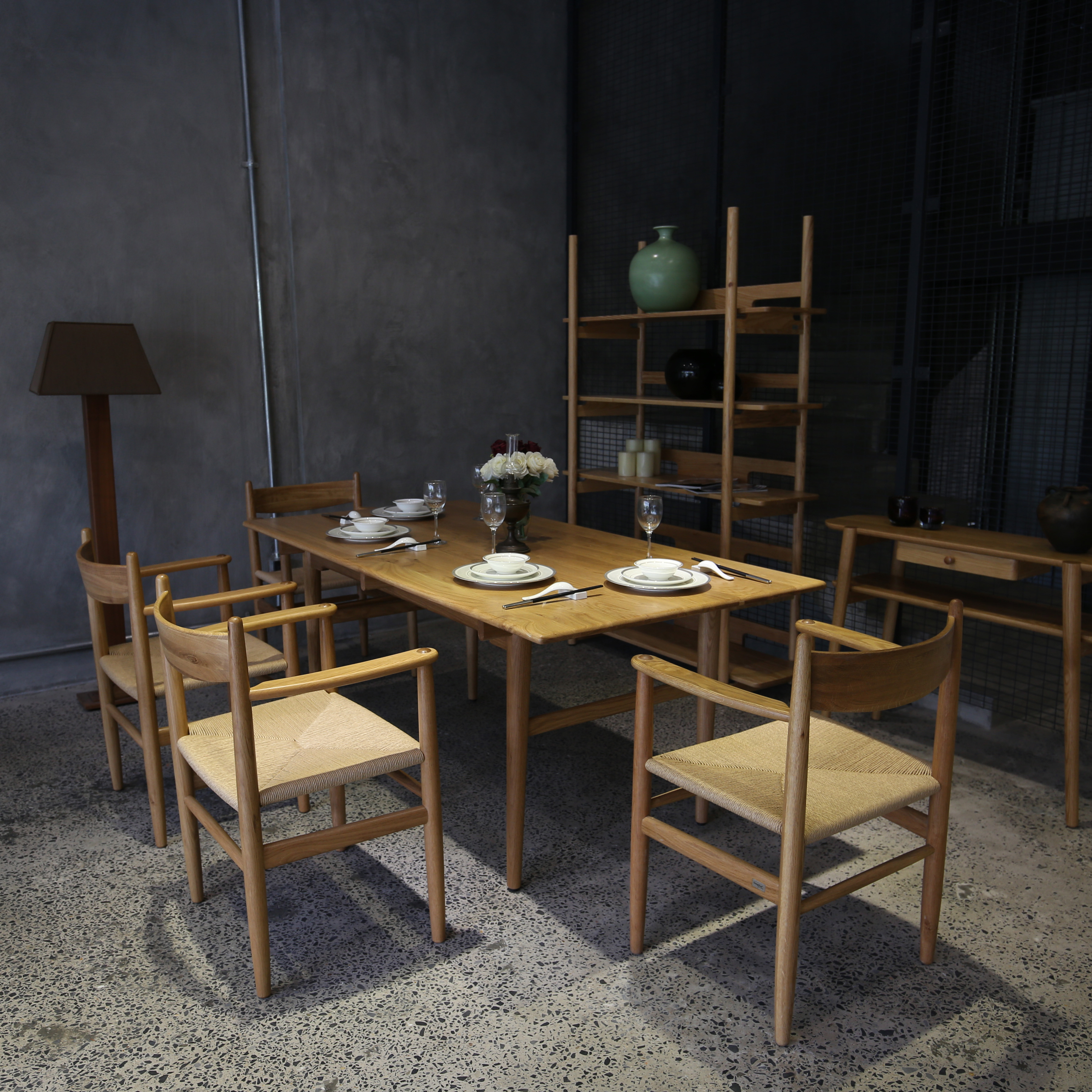 CH327 Dining table with High Quality High-end Furniture for Dining Room (Ho Chi Minh Port)