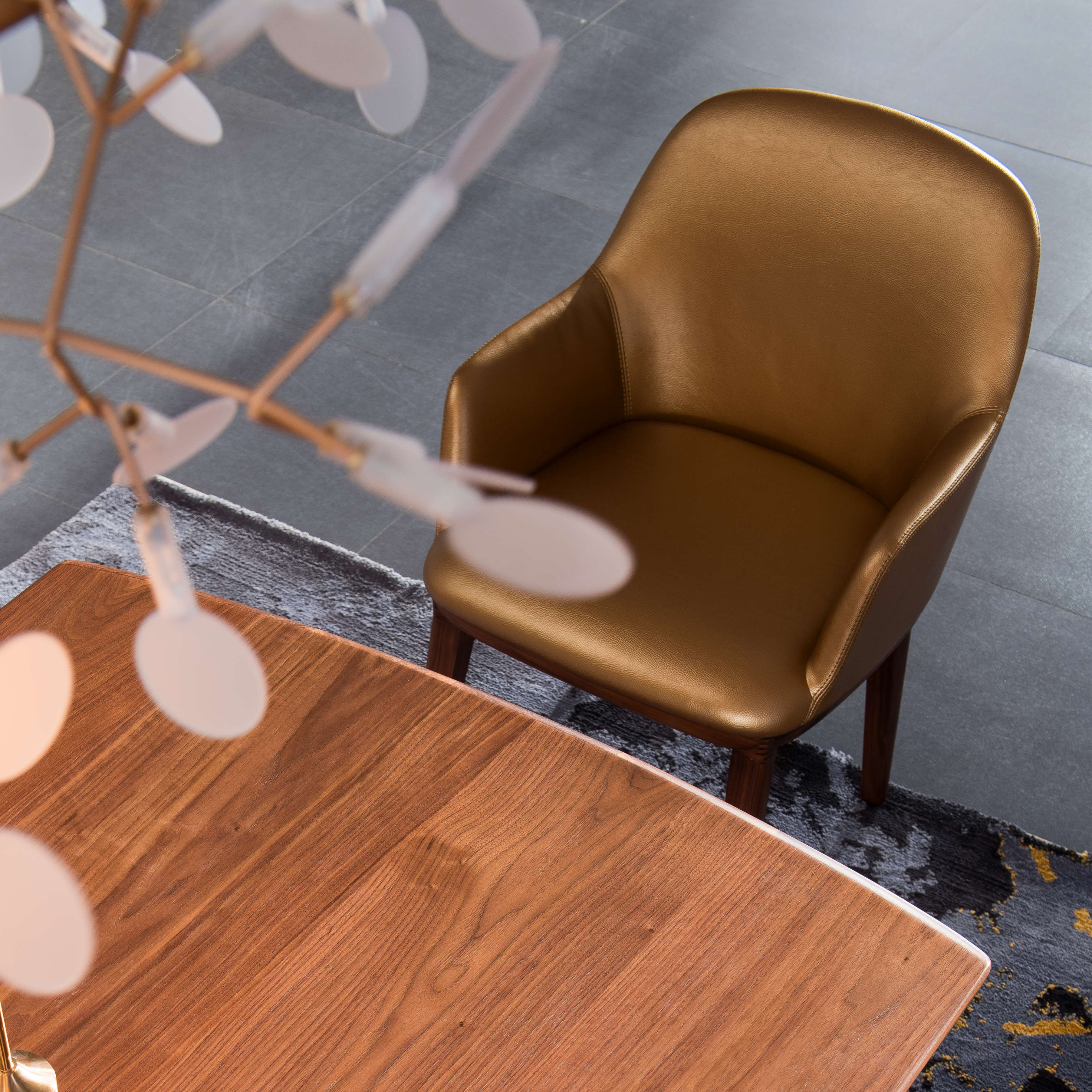 New design high quality real leather minimalism solid wood leg modern restaurant chairs